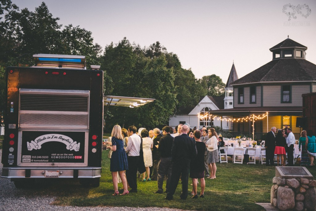 Vintage inspired truck wedding with the warrens komodo warren wedding komodo truck junglespirit Gallery